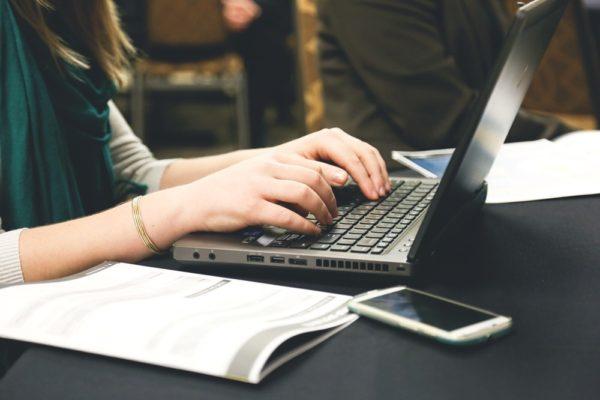 webライターが雑誌で得た経験を活かす工夫